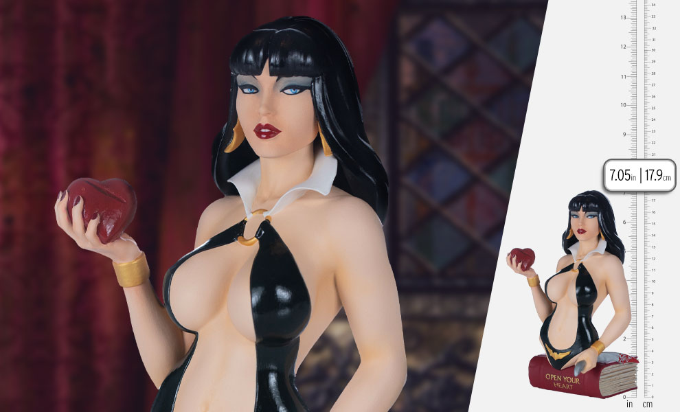 Gallery Feature Image of Vampirella (Color Variant) Bust - Click to open image gallery