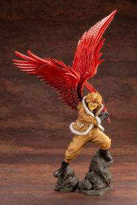 Gallery Image of Hawks Statue