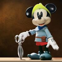 Gallery Image of Brave Little Tailor Vinyl Collectible