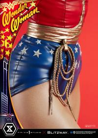 Gallery Image of Wonder Woman 1:3 Scale Statue