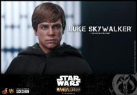 Gallery Image of Luke Skywalker Sixth Scale Figure