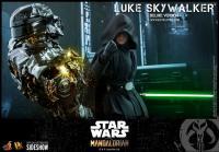 Gallery Image of Luke Skywalker (Deluxe Version) Sixth Scale Figure