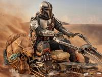 Gallery Image of The Mandalorian on Speederbike Deluxe 1:10 Scale Statue