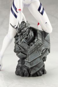 Gallery Image of Asuka Shikinami Langley White Plugsuit Version Statue