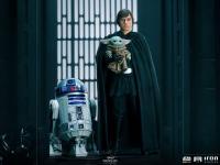 Gallery Image of Luke Skywalker, R2-D2 and Grogu Statue