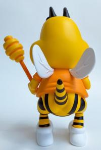 Gallery Image of Honey Butt the Obese Bee Vinyl Collectible