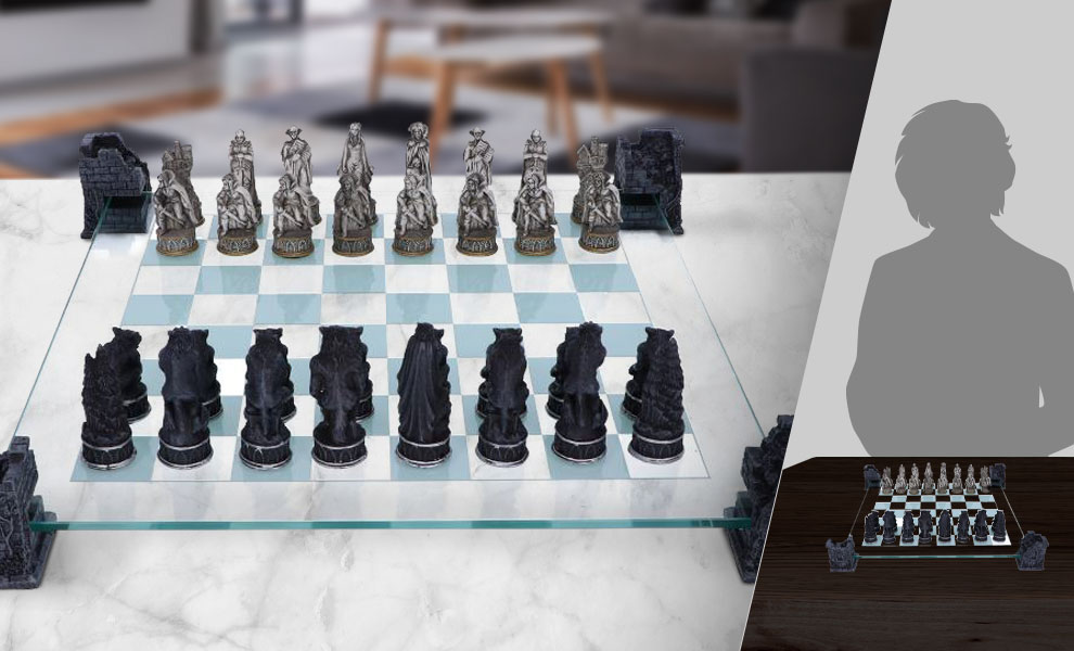 Gallery Feature Image of Vampire & Werewolf Chess Set Board Game - Click to open image gallery