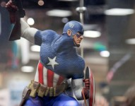 Captain America - Allied Charge on Hydra Premium Format™ Figure
