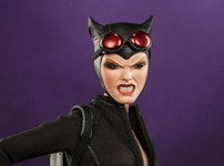 Catwoman Sixth Scale Figure