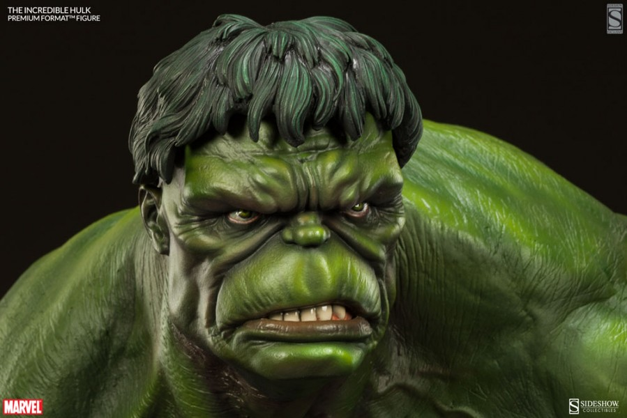 The Incredible Hulk Premium Format Figure Exclusive Edition
