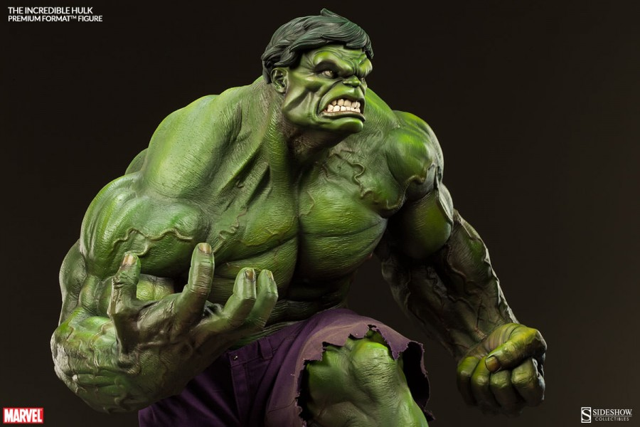 The Incredible Hulk Premium Format Figure