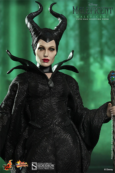 Well, well…From Hot Toys it's Maleficent!