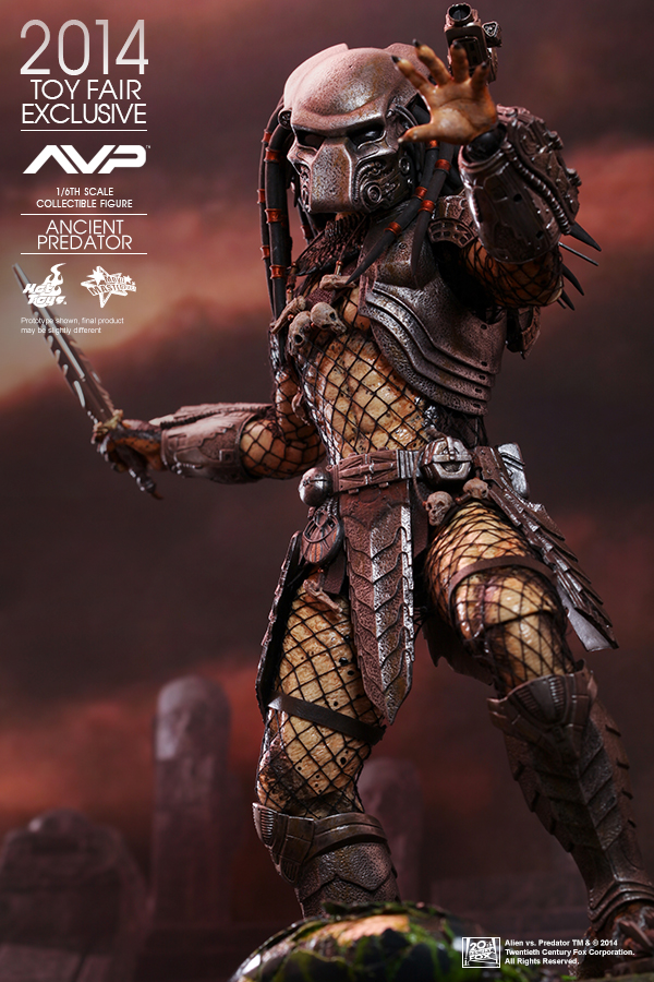 hot toys announces 2014 summer convention exclusives