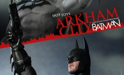 Hot Toys - Batman - Arkham City - Batman Collectible Figure_PR6