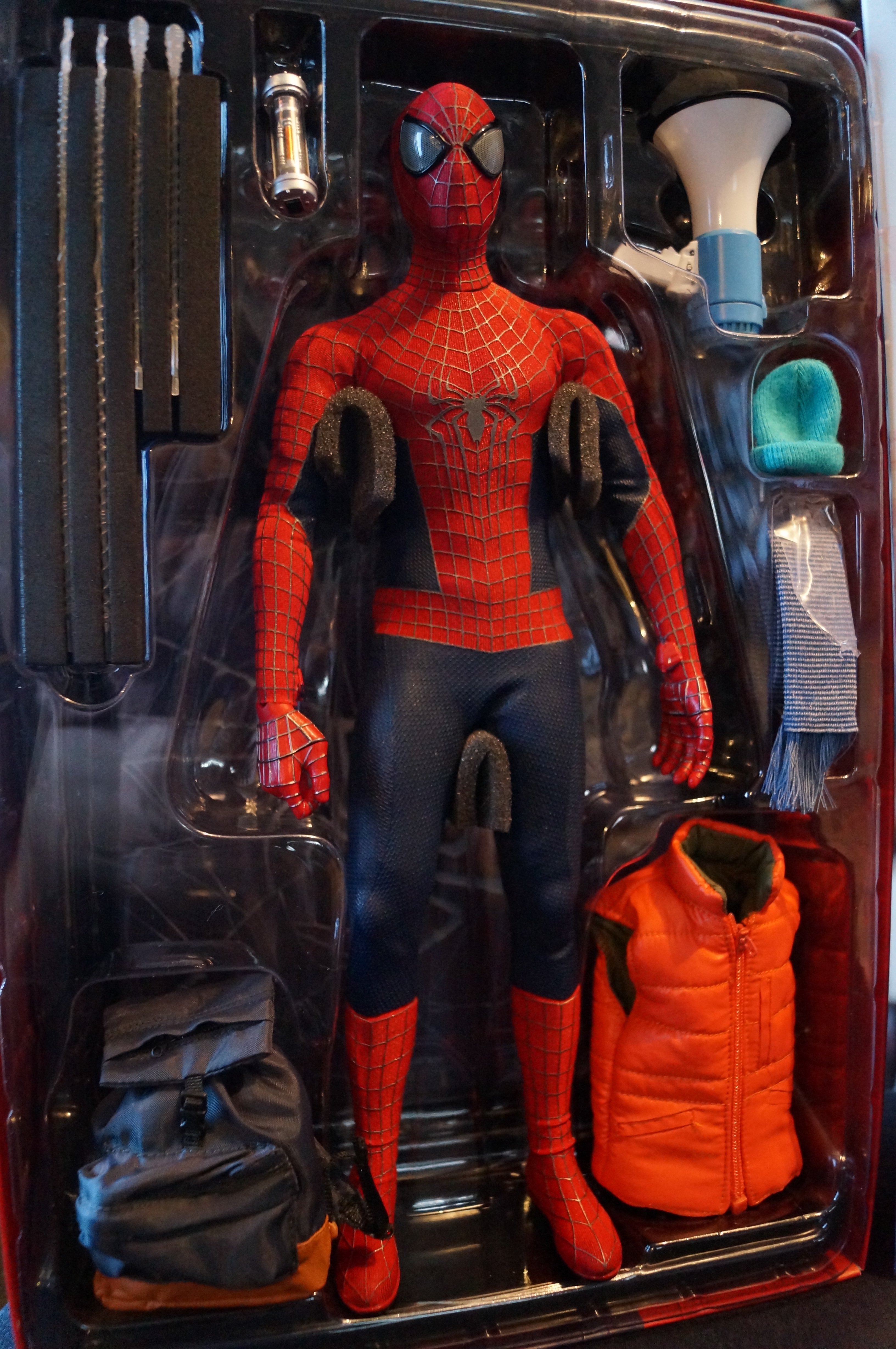 Our nerd senses are tingling! Hot Toys Amazing Spider-Man ...