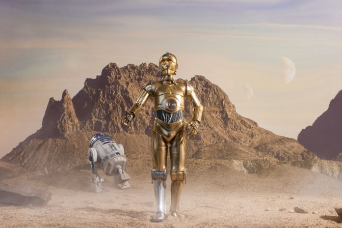 Inside the photo studio with C-3PO