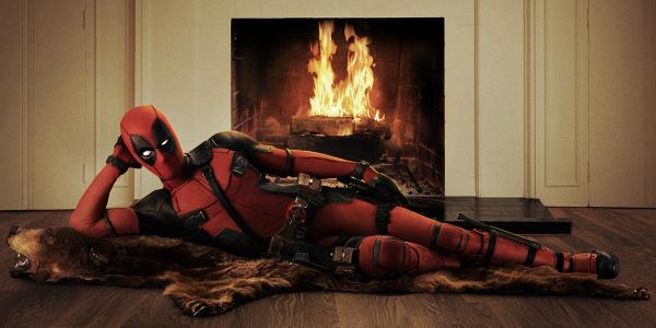 Ryan Reynolds blows up the internet with first look at official Deadpool costume