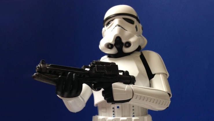 "Geek Tyrant declares Hot Toys' Stormtrooper ""a work of art!"""