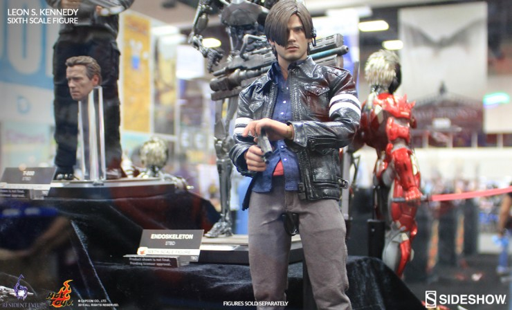 Hot Toys Leon S. Kennedy Sixth Scale Figure