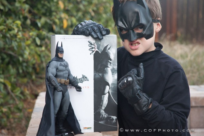 The Richter Boys Review the Hot Toys Arkham Batman 1/6 Scale Collectible Figure