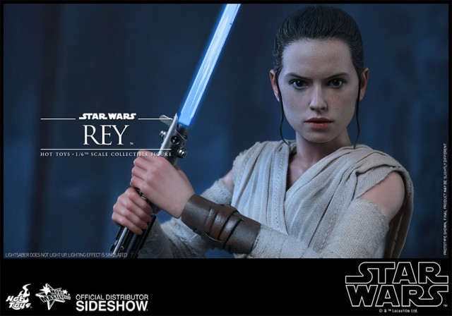 Hot Toys Star Wars: The Force Awakens Rey Collectible Figure – New accessories added!