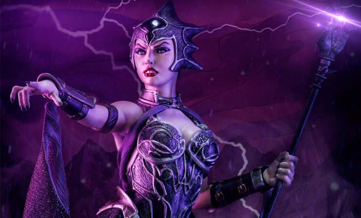 New Production Photos Evil-Lyn Statue