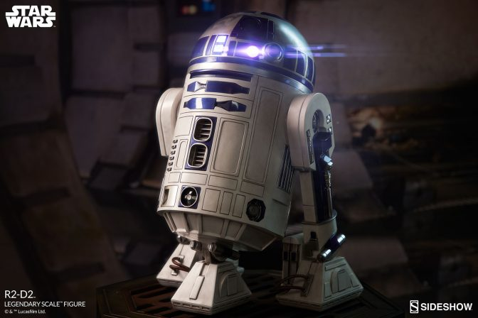 An Astromech Arrives with Production Gallery Updates on the R2-D2™ Legendary Scale™ Figure!