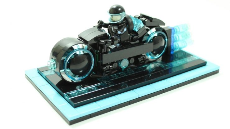 LEGO Tron-inspired Lightcycle Set Coming Soon