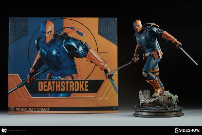 New Photos of the Deathstroke Premium Format Figure are here!