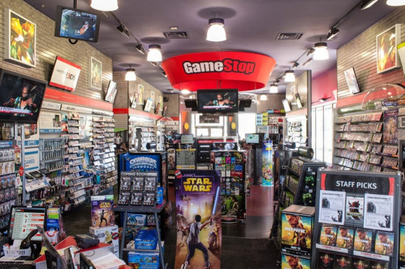 GameStop Plans to Sell Comic Books
