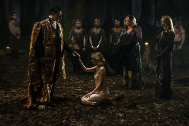 Netflix Releases First Chilling Adventures of Sabrina Images