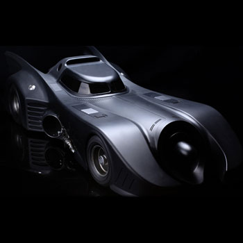 Hot Toys 1989 Batmobile