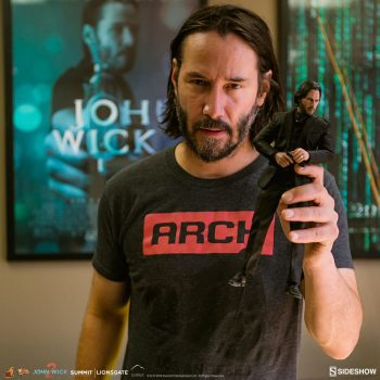 Keanu Reeves Checks Out the Hot Toys John Wick 1:6 Scale Prototype