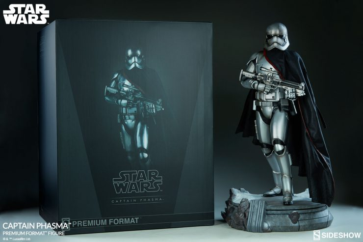 New Photos of the Captain Phasma Premium Format Figure