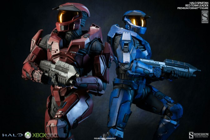 Halo Master Chief Red and Blue Collectible Figures