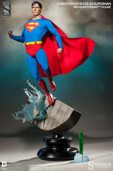 Exclusive Christopher Reeve as Superman Premium Format Figure