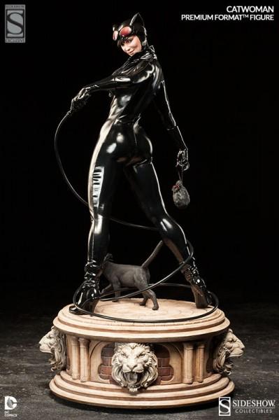 Exclusive Catwoman Premium Format Figure