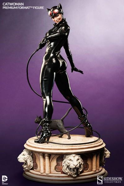 Catwoman Premium Format Figure