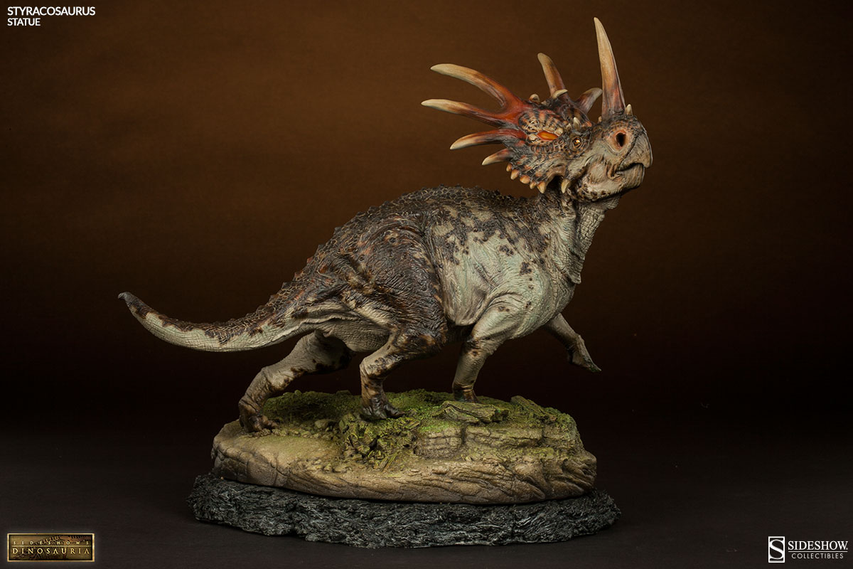 Styracosaurus Statue