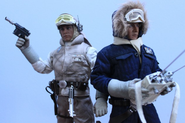 New report from Echo Base –Comics Alliance reviews Sideshow Luke and Han Hoth Figures