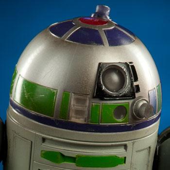 R2-ME2 by Earl Negrete
