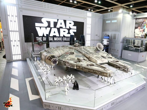 Hot Toys is ready to make the Kessel Run with an 18 foot Millennium Falcon