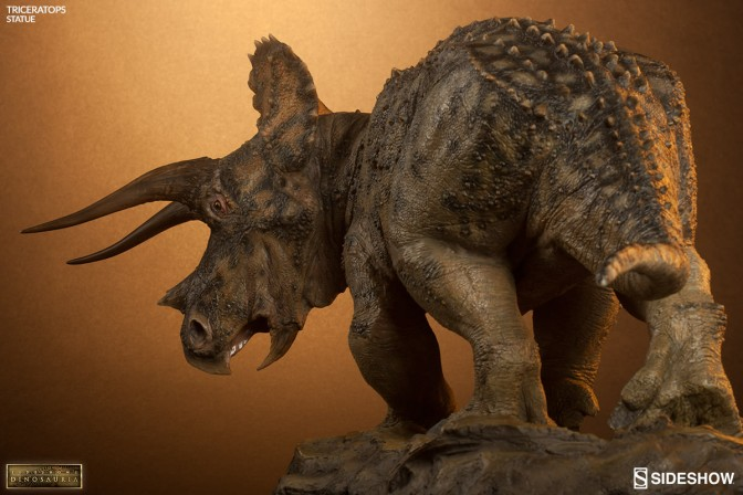 Dinosauria Triceratops Statue – Final Production Gallery
