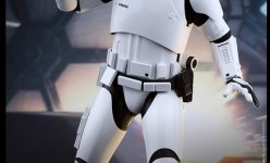 Hot Toys Star Wars The Force Awakens First Order Stormtrooper Squad Leader Sixth Scale Figure