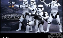Hot Toys Star Wars The Force Awakens First Order Stormtrooper Sixth Scale Figures