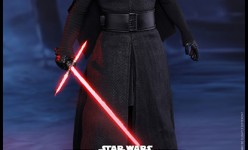 Hot Toys Star Wars The Force Awakens Kylo Ren Sixth Scale Figure