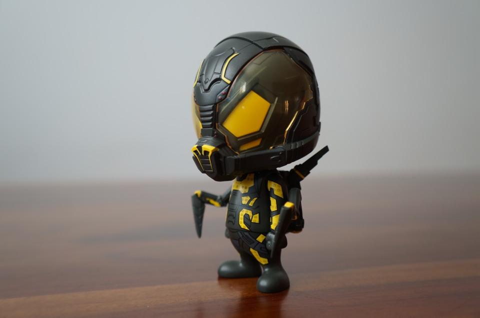 Hot Toys Ant-Man Yellowjacket Cosbaby vinyl figure