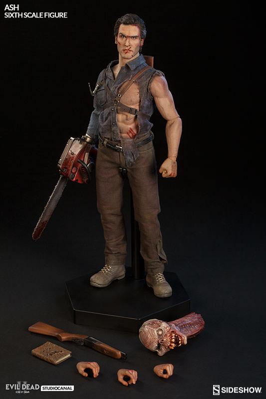 Ash Williams Evil Dead 2 Dead by Dawn Sixth Scale Figure