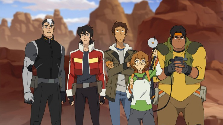 "Shiro (Josh Keaton), Keith (Steven Yeun), Lance (Jeremy Shada), Pidge (Bex Taylor-Klaus) and Hunk (Tyler Labine) in ""Voltron: Legendary Defender."""