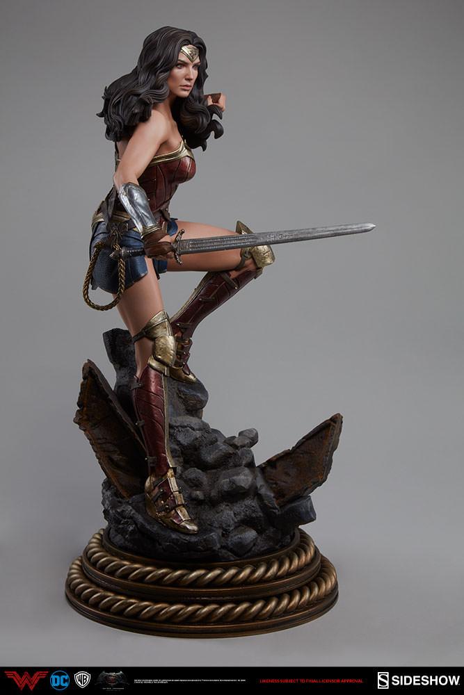 4687457cbfe First Look! – Wonder Woman -BvS- Premium Format Figure